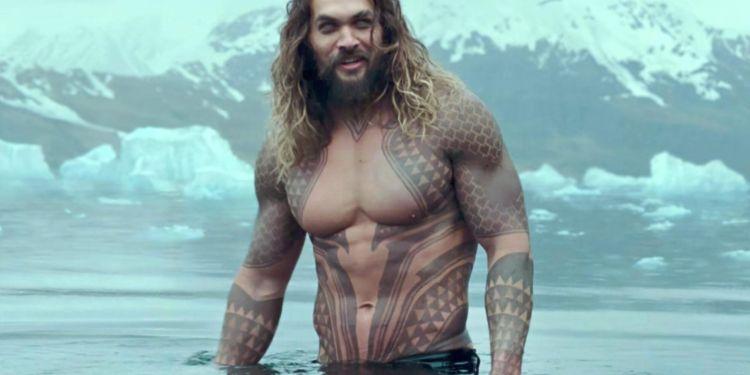 Aquaman en plein entraînement pour son retour.