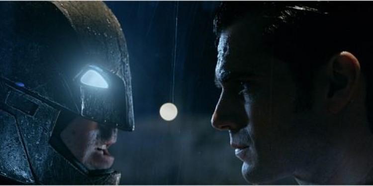 BANDE ANNONCE : Batman v Superman: l'Aube de la Justice, le nouveau teaser (vost) de 3min...