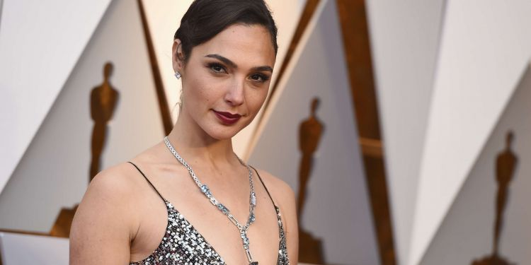 Gal Gadot accuse à son tour Joss Whedon.