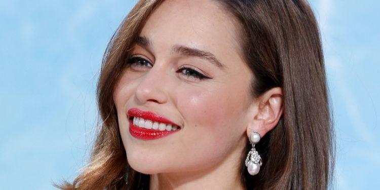 joyeux anniversaire miss Emilia Clarke