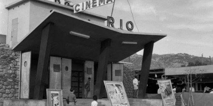 L'histoire du cinéma à La Réunion. Un très bel article à découvrir.