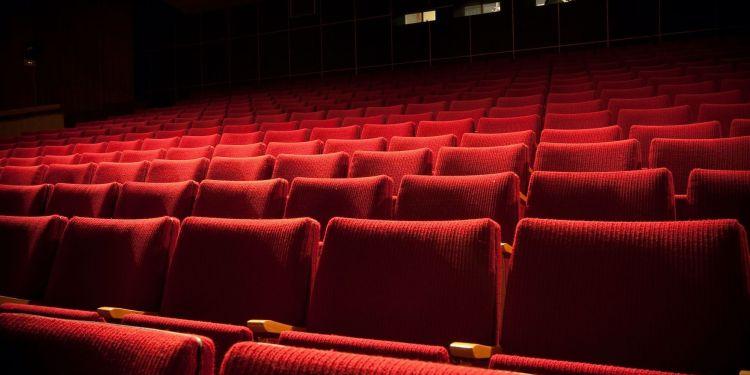 Les salles de cinéma françaises restent fermées.