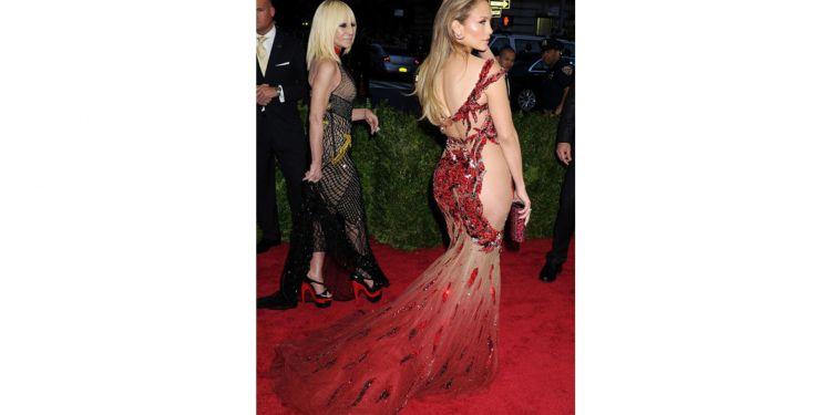 Les tenues des stars les plus olé olé sur le tapis rouge.