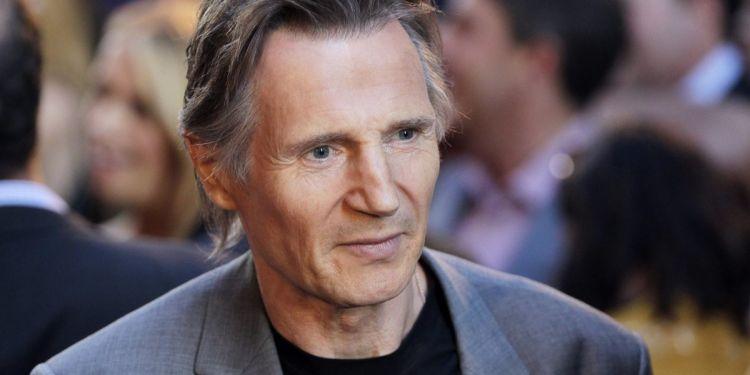 Liam Neeson remplacera Leslie Nielsen dans le remake de Y a t il un flic...