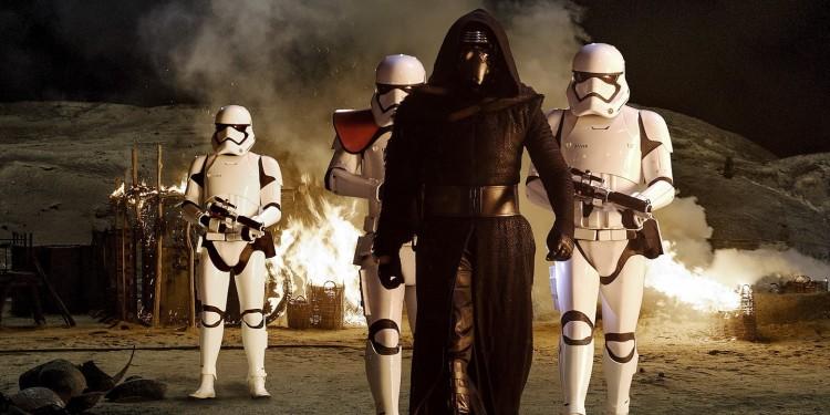 NEWS / Star Wars VII... finalement la sortie prévue pour...
