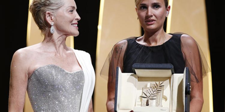 Palme d'or pour Titane de Julia Ducournau