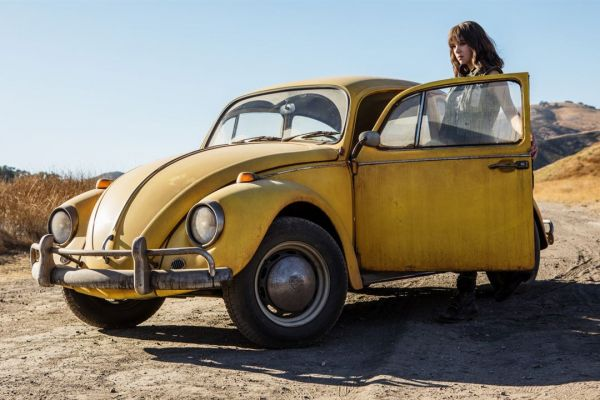 Bumblebee Copyright:  2018 Paramount Pictures. All Rights Reserved. HASBRO, TRANSFORMERS, and all related characters are trademarks of Hasbro. / Jaimie Trueblood 