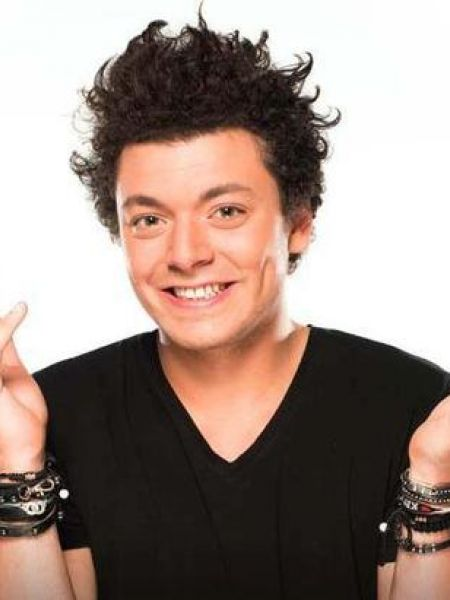 Kev Adams, Cine974