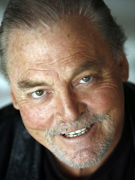 Stacy Keach, Cine974